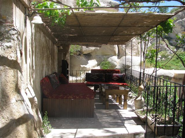 An Enjoyable Place Spent Drinking Wine at the Gamirasu Cave Hotel (photo by Dee Andrews)